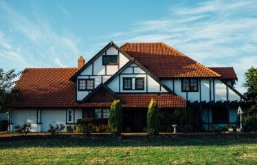 House Garnet Ave Suite